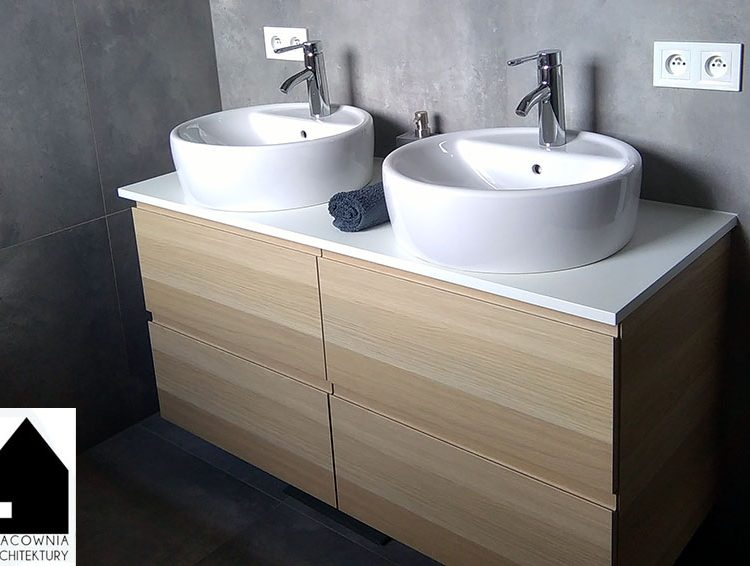 Projekt aranżacji łazienki na pietrze domu jednorodzinnego - Gaszowice
